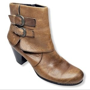 b.o.c. cuffed ankle bootie buckle detail brown 10M